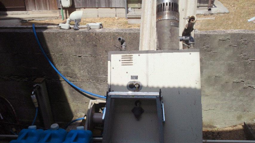 灯油の給湯器取替工事風景(ガス給湯器へ)